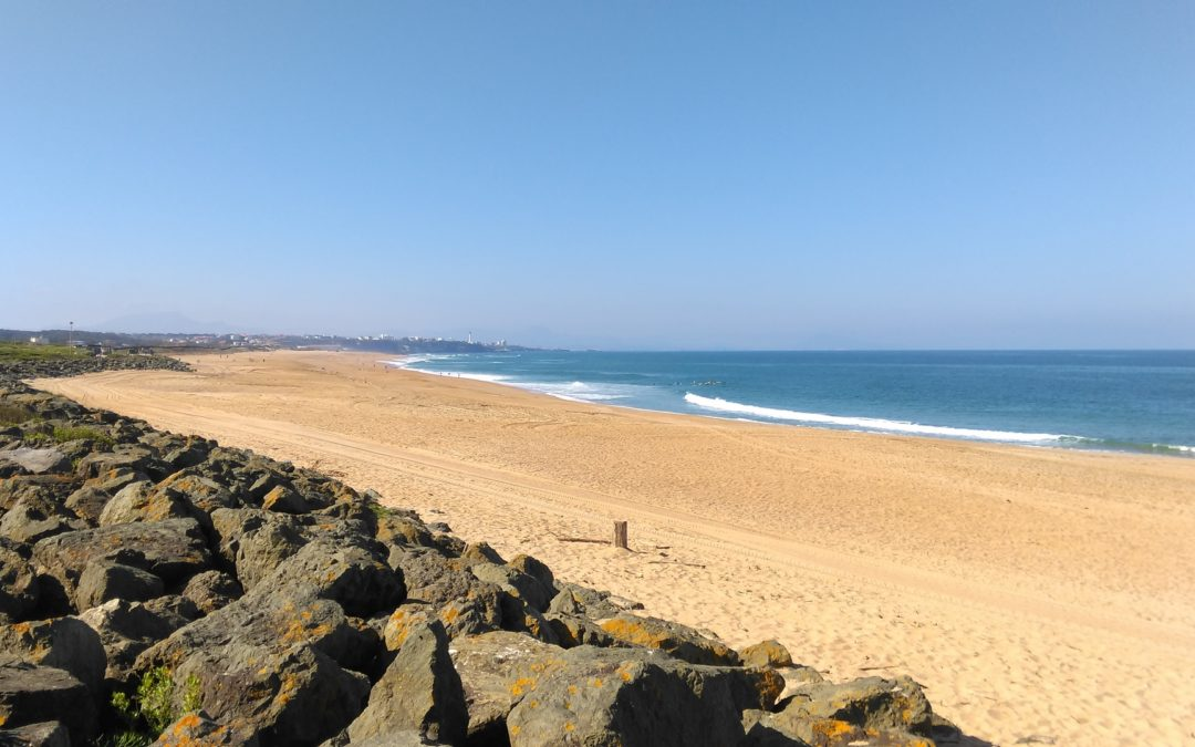 view over the 4.5km of sandy beaches in anglet