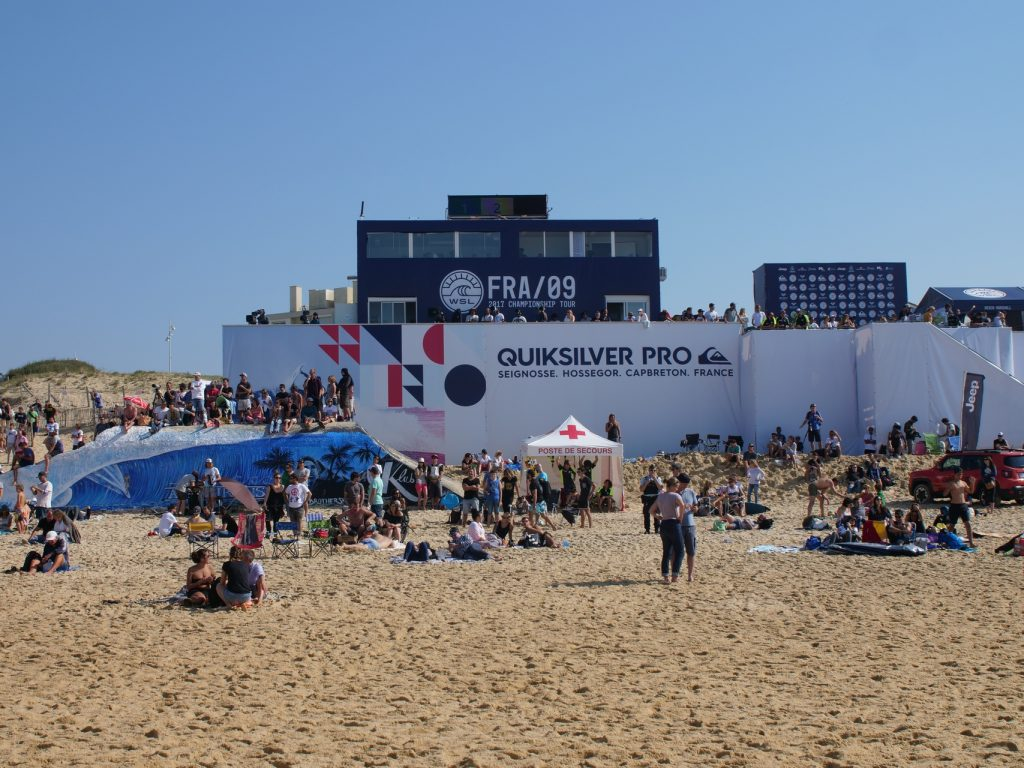 beach view of surf contest wsl quiksilver pro in hossegor in 2017